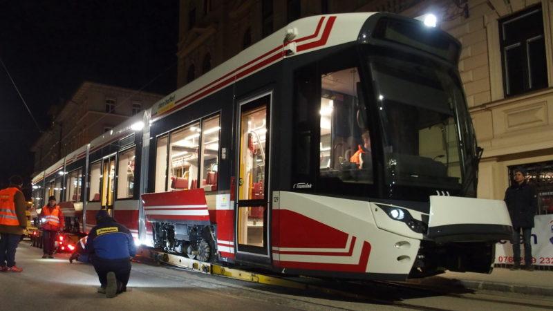 Abladen des neuen Tramlink