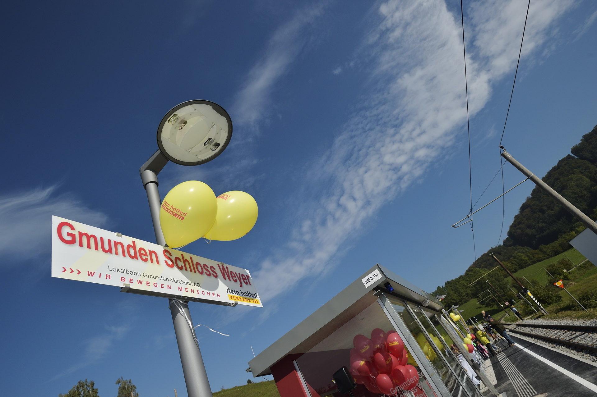 Eröffnung Haltestelle Schloss Weyer